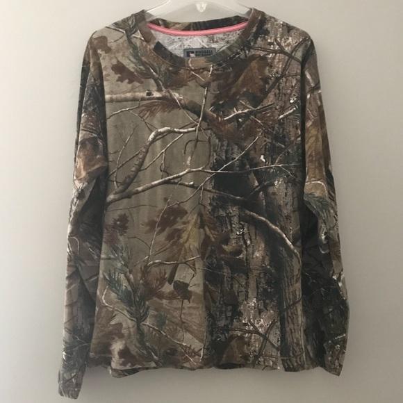 99fca36f779cb Russell Outdoors Women's Realtree Camo Shirt 2XL. M_5b5350321b16db6ec7502890